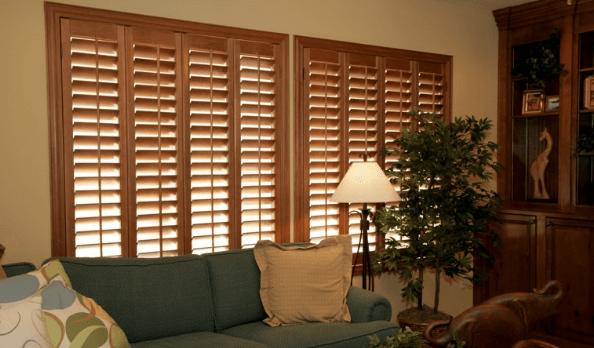 تمیز کردن کرکره چوبی و تمام نکاتی که باید درباره آن بدانید