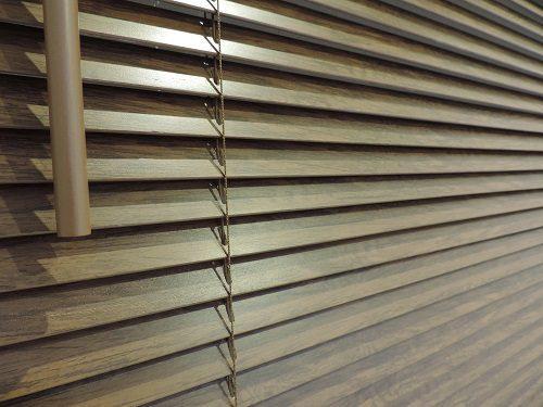 نصب کرکره چوبی ، آموزش نصب پرده چوبی به روش های مختلف